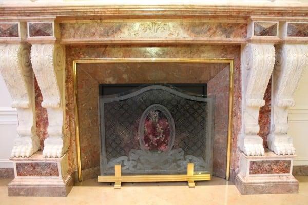 Disneyland Paris Hotel - Fireplace