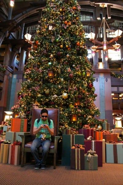 Grand Californian Hotel Christmas Tree Tweet