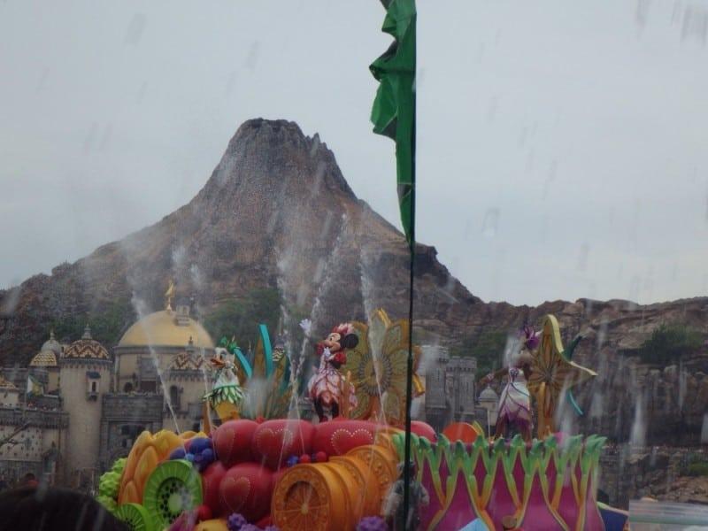 Minnie's Tropical Splash